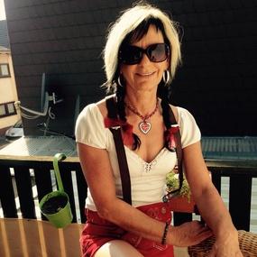 Da Pepi: iwa Traum-Singles online - Neunkirchen