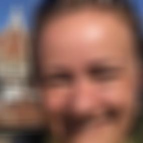 Schwertberg frauen suchen mann. Sex treffe in Thalwil